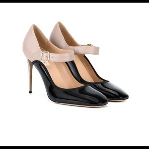 Gorgeous Valentino shoes